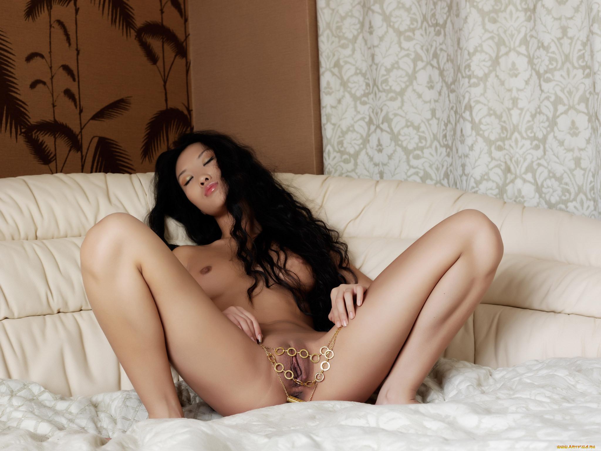 Mariko порномодель